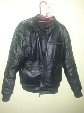 Jaket kulit super mantap ukuran L