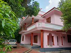 Posh residential building at Koratty, Chalakudy in 60cents.
