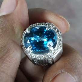 Cincin Perak Pria Permata Natural London Blue Topaz
