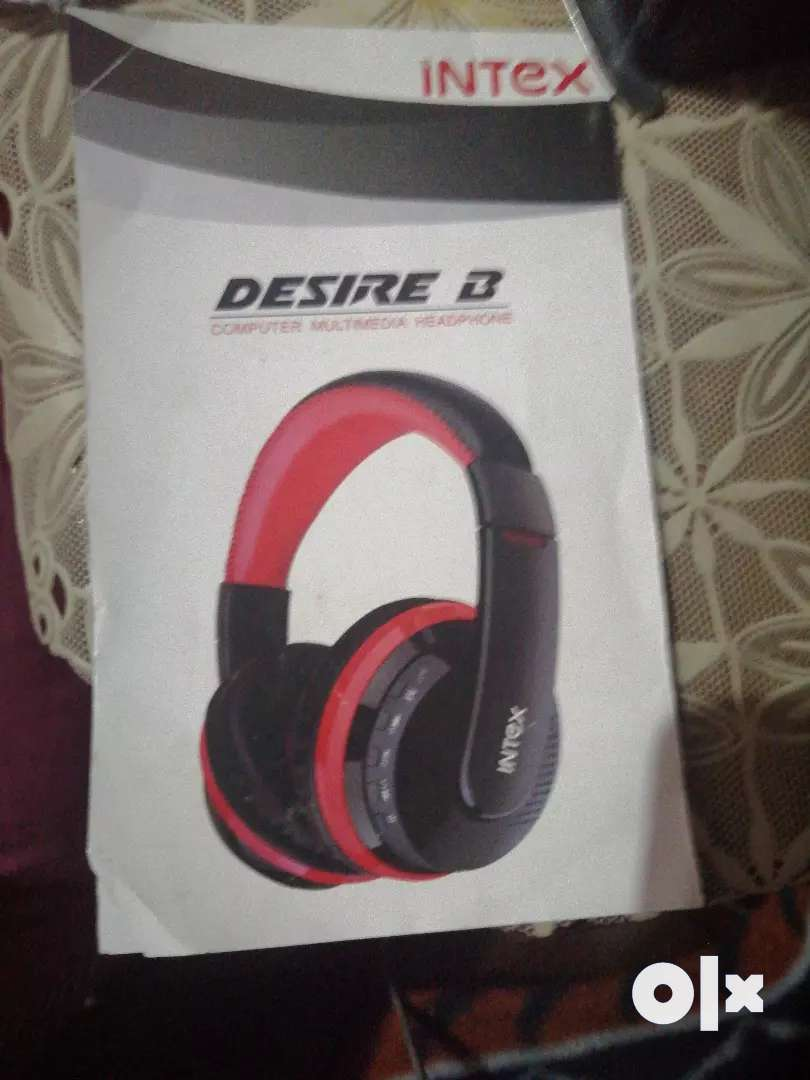 Headphones of very nice quality. If you live in rohini sector 16,delhi 0