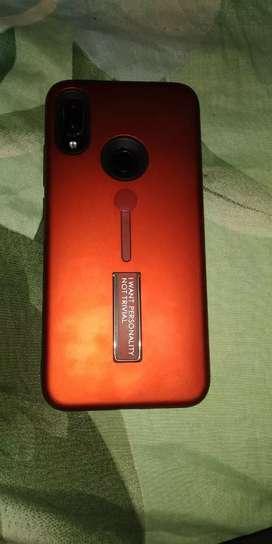 Good mobile. Screen small crack.redmi note 7.