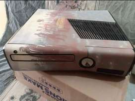 XBOX 360 (Complete Package)
