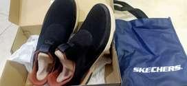 Sepatu Skechers size 44 Original