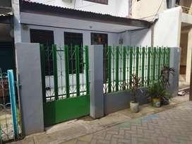 Rumah dijual Makassar kota Jl pajenekang, andalas samping mesjid