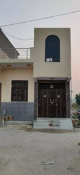 Plot 60 yd for sale loan ke sath at tilpata