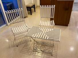 White Balcony Table and Chair