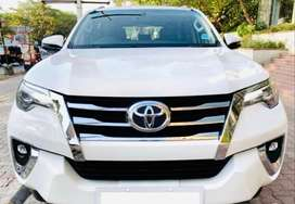Toyota Fortuner 2.8 4X2 AT, 2017, Diesel