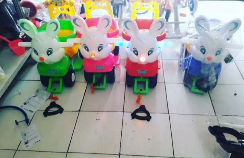 Sepeda Kelinci anak SHP Toys dorong 0