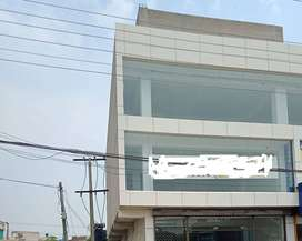 kanal hall for rent for snooker and Gym setup very rushi area in lahor