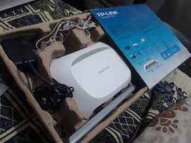 TP-LINK WIRELESS N ADSL2+ MODEM ROUTER