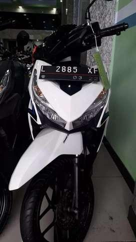 Honda Vario 125 cc 2017 Super warna putih . Cash/credit/tukar tambah