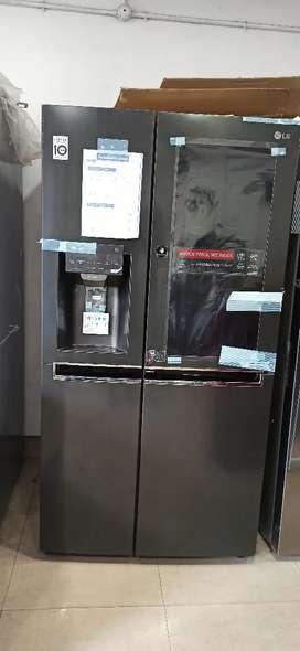 1.9lakh priced LG fridge @40% dicount sale factory second at KALOOR