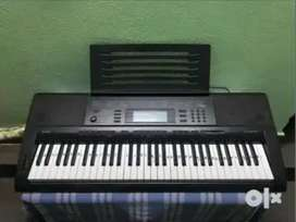 CASIO ELECTRONIC KEYBOARD CTK-5000