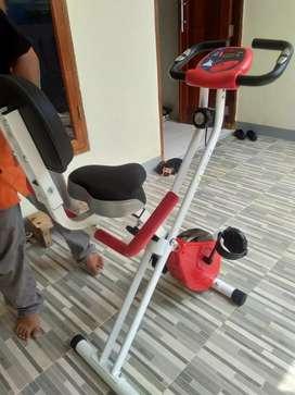 Alat fitnes tl 920 sepeda fitness excider