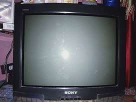 Sony Trinitron color tv