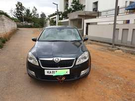 July 2016 Skoda Rapid Style Plus 1.5 TDI AT for sale.