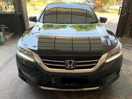 Sedan Honda Accord Vti-L 2013 Hitam