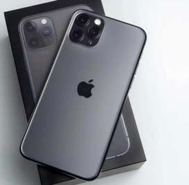 Iphone model available with bill box n waranty just call mee now