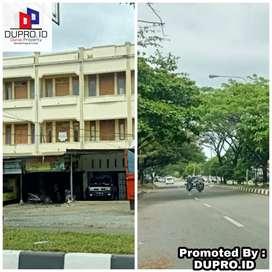 Jl.Mr.Moh.Hasan - Toko dijual 2 Pintu 3 Lantai dekat ke Terminal Batoh