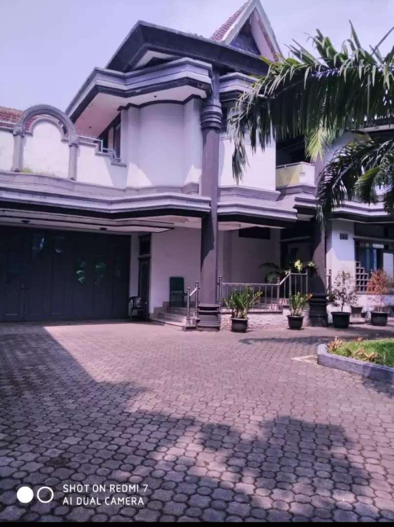 Rumah mewah lokasi jln Moch Toha ( mainroad) 0