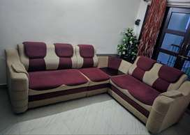 2 year old Six seater Corner sofa set