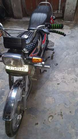 Honda cd 70 full ok colour black No stl 8010