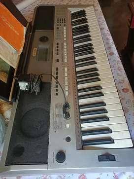 Yamaha psr I 455