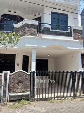 Paling Dicari !!  Rumah Mewah Modern 2 Lantai Di Semampir Dekat MERR