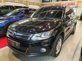 Volkswagen tiguan hitam th 2013 mulus