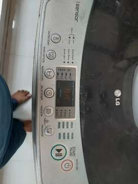 LG 7 KG Top Load Fully Automatic good condition