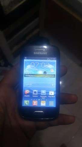 Samsung Galaxy young 1/4