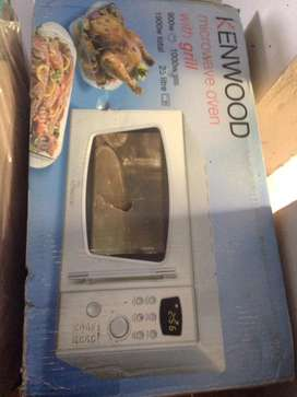 Kenwood microwave oven with grill 25 litre