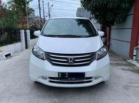 Honda Freed E PSD A/T 2009 Putih Mutiara IStimewa