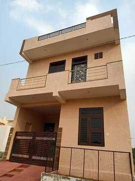 Kalwar road prime location villa on sale 80 to 90 % bank loanable