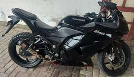 Kawasaki ninja 250cc  karbu