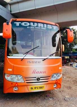 20 Seater Luxury ISUZU Bus