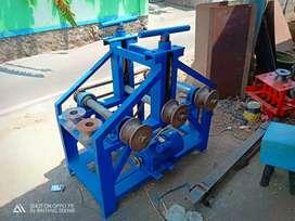 Mesin untuk roll pipa
