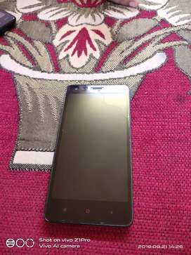 3 years old MI 2 phone selling