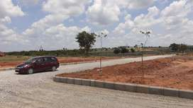 PLOTS FOR SALE NORTH EAST FACING AT MALL