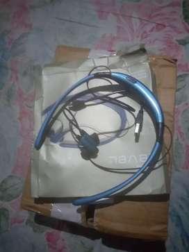 Rs850  Level u  brand blotooth earphone850