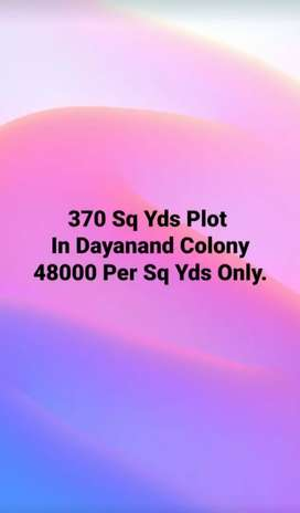370 sq yard plot for sale in Dayanand Colony Just Rs 48000.