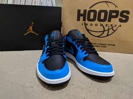 Nike Air Jordan 1 Low Laser Blue Size 43