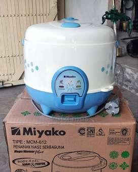 Rice Cooker / Penanak Nasi / Magic Com Kecil Miyako MCM612 Baru Murah