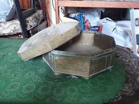 Bokor full kuningan ada tutup jadul lawas antik diameter 30cm sidoarjo