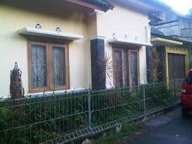 Dikontrakkan rumah daerah Condongcatur untuk keluarga muda