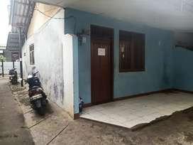 Sewa rumah kontrakan 1 rumah dan 1 rumah plong murah