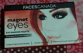 Eye liner girls