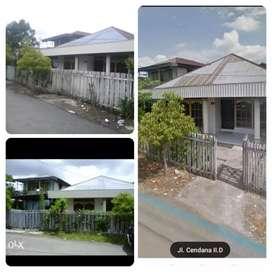 Jual rumah dan tanah. Cocok untuk bisnis kos kosan atau asrama
