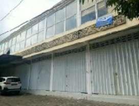 Ruko lokasi ramai siap untuk usaha di Gianyat Bali