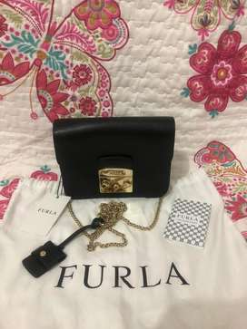 Furla black gold